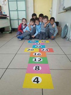 1. Sınıf Math Classroom, Classroom Decor, Math Tables, Math Boards, Math 2, Pirate Theme, Motor Activities, Kids Reading, Multiplication