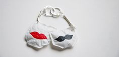 Funny Special Edition handcrafted Key Holders from old plastic bags. The Part of recycling project by Cheche Handmade / cheche. Handcrafted Gifts, Handcrafted Jewelry, Key Holders, Plastic Bags, 4x4, Recycling, Brooch, Funny, Projects