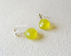 Limoncello - lemon chalcedony sterling silver earrings - bright - gift for her - glow - delicate jewelry #etsymntt #gifts