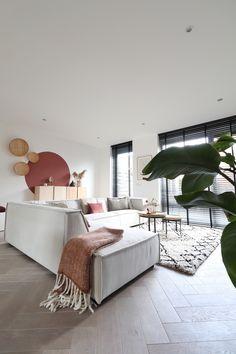 Living Room Interior, Living Room Decor, Interior Styling, Interior Design, House Inside, Scandinavian Home, House Rooms, Home And Living, Interior Inspiration