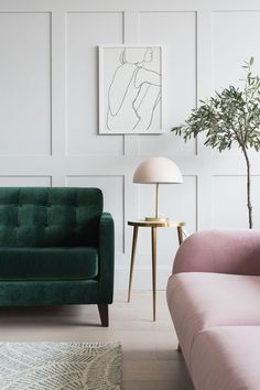Put yellow in your living room is to breathe a little joy and optimism! To wake up your living room, just a few touches sun decoration; Bohemian Living Rooms, Living Room Green, New Living Room, Living Room Chairs, Pink Living Rooms, Pink Velvet Sofa, Velvet Room, Pink Sofa, Grey Chair