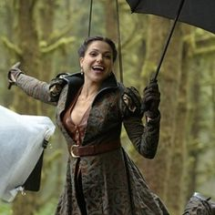 Lana Parrilla Evil Queen Regina Mills --- Young Regina looking stunning Regina Mills, Time News, Swan Queen, Outlaw Queen, Captain Swan, Captain Hook, Time Photo, Movie Costumes, Scene Photo