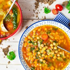 23 Easy and healthy chickpea recipes you need to make! #chickpeafoodrecipes #chickpearecipes Vegan Bean Soup, Bean Soup Recipes, Vegetarian Soup, Vegan Soups, Vegetarian Recipes, Fish Recipes, Great Vegan Recipes, Whole Food Recipes, Cooking Recipes