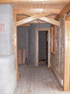 Pohled do interiéru domu před omítnutím - image thumbnail
