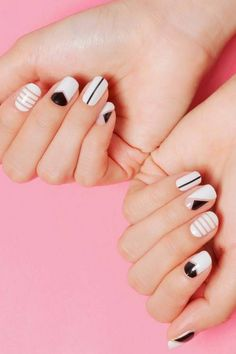Winter Nails Designs - My Cool Nail Designs Korean Nail Art, Korean Nails, Asian Nail Art, Minimalist Nails, Diy Nails, Cute Nails, Manicure Ideas, Gel Nail Art, Nail Polish