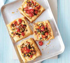 Zucchini, ham & ricotta tarts