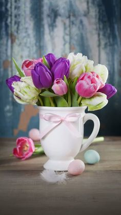 Cute Wallpapers, Wallpaper Backgrounds, Painting Still Life, Iphone, Happy Easter, Spring Time, Painting Inspiration, Good Morning, Flower Arrangements