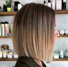 Maximal Brunette Bob Haircut for Modern Women blunt bob with balayage flamboyage The post Maximal Brunette Bob Haircut for Modern Women appeared first on Bunte Haar Diy. blunt bob with balayage flamboyage Ombré Short Hair, Blonde Ombre Short Hair, Brown To Blonde Ombre, Short Ombre, Ombre Hair Color, Short Haircut, Blonde Balayage, Brown Balayage, Blonde Hair