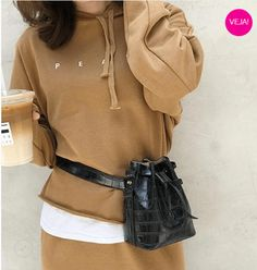 Leather Belt Bag, Leather Accessories, Ideias Fashion, Fashion Ideas, Stylish Outfits, Hooded Jacket, Clothes For Women, Womens Fashion, Unique