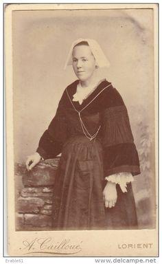 PHOTO CDV JEUNE BRETONNE TYPIQUE TRADITIONEL BRETAGNE COIFFE Cabinet CAILLOUE A LORIENT - Photos