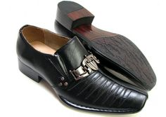 Italian Black | SilkRoadEXPO This Italian design dress shoe with man made material and leather lining is supplied by one of our wholesaler members.  Shops sign up (free) to see the details.  #mensfashion #leathershoes #leather #stylish #shoe #shoelover #shoelovers