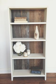 Rustic, Reclaimed Wood, Bookshelf Makeover old laminate shelving with paint and pallets. #bookshelfpallet