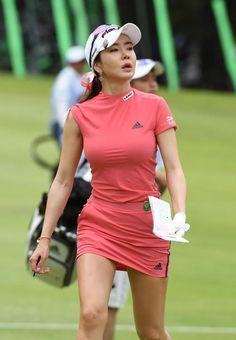 Ladies golf – The World Of Golf Girl Golf Outfit, Cute Golf Outfit, Sexy Golf, Girls Golf, Ladies Golf, Golf Fashion, Sport Fashion, Golf Player, Perfect Golf