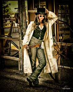 ~ LCM0010P, $30.00–$450.00 prints available at Short Branch Mercantile.  Cowgirl & model Tressie Childs, part of the trio of Las Chicas Malas.  You don't wanna mess with these three! ~
