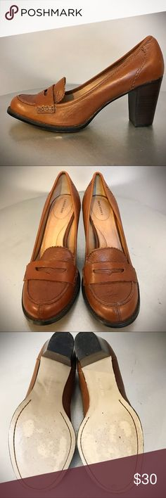 """Lands Ends Heeled Penny Loafers Classic saddle colored loafers with a comfortable 3"""" heel. In pristine condition worn only a few times. Size 7 1/2 B Lands' End Shoes Heels"""