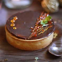 Tarte-chocolat-caramel_AP well it's not exactly in English ..but the recipe is there.
