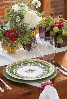 wedding china green floral Inspiration: Pretty Wedding China and Place Settings