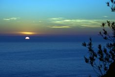 Un tramonto invernale a Framura