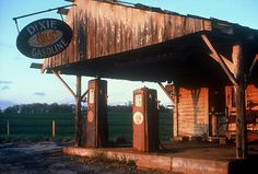 Abandoned gas station ~ Classic horror film setting, I am surprised that you don't see this used for a Halloween facade...