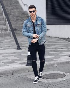 Urban Fashion: Jean Jacket Outfits for Men Jean Jacket Outfits, Denim Jacket Men, Men's Denim, Denim Style, Streetwear Mode, Streetwear Fashion, Urban Outfits, Casual Outfits, Stylish Men