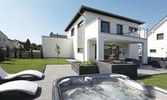 Minimalist Architecture, Exterior, Mansions, House Styles, Villas, Home Decor, Houses, Garden, Inspiration