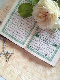 الهم_صلی_علی_محمد_و_ال_محمد_ . Quran Wallpaper, Islamic Wallpaper, Allah Islam, Islam Quran, Dua In Arabic, Quran Karim, Saint Coran, Quran Book, Blessed Friday
