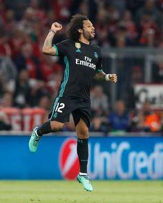 Real Madrid Photos, Munich, Mc 12, Real Madrid Wallpapers, Real Madrid Players, Soccer World, Football Soccer, Cristiano Ronaldo, Champion