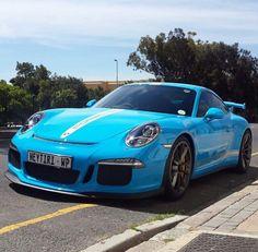 Beautiful blue 991 GT3