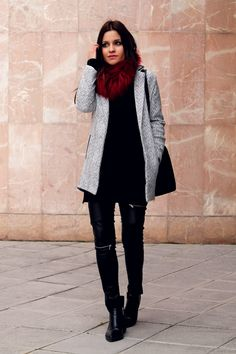 Grey coat, black sweater, leather pants and red fur collar. Little black coconut style