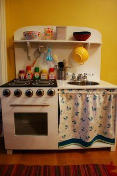 best DIY play kitchen i've seen