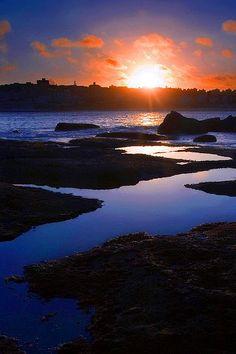 Bondi Beach, Sydney, Australia - Getting Back To Nature Beautiful Sunset, Beautiful World, Places To Travel, Places To See, Wonderful Places, Beautiful Places, Places Around The World, Around The Worlds, Bondi Beach Sydney