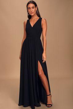 100 Boho Wedding Decor Finds You'll Love! | The Perfect Palette Black Bridesmaid Dresses, Black Wedding Dresses, Sexy Dresses, Formal Dresses, Black Bridal Parties, Bridal Party Dresses, Bridal Gowns, Fall Skirts, Chic Dress