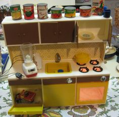 1960 toy kitchen with working blender- the perfect toy to go with the pretend cleaning supplies! Kids Play Kitchen, Toy Kitchen, Kitchen Items, Play Kitchens, Barbie Furniture, Dollhouse Furniture, Childhood Toys, Childhood Memories, Play Kitchen Accessories