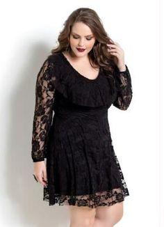 f4656b11052 Saia Longa de Renda e Fenda Lateral REF  S0005 - comprar online. Vestido de  Renda Preto Plus Size