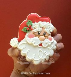 Decorated Santa Cookies For Christmas - Kekse Ideen Santa Cookies, Christmas Sugar Cookies, Iced Cookies, Cute Cookies, Royal Icing Cookies, Holiday Cookies, Cupcake Cookies, Cupcakes, Noel Christmas
