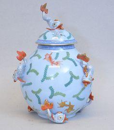 Herend urn