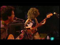 """Esperanza Spalding - """"Coisa Feita"""" (Live in San Sebastian july 23, 2009 - 7/9) - YouTube"""