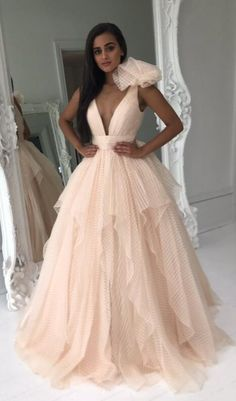 Gorgeous+Prom+Dress,+Champagne+Long+Prom+Dress,+2018+Prom+Dress,+Gorgeous+Wedding+Dress    My+email:+<b>modsele.com@hotmail.com</b>    1.+Besides+the+picture+color,+you+can+refer+to+our+color+swatch+to+choose+any+color+you+want.  2.+Besides+stand+size+2-16,+we+still+offer+free+custom+size,+which+...
