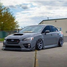 Subaru impreza sti #slammed #cambergang #redlinetimeattack #stance