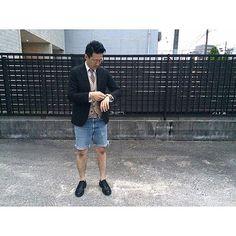 2016/05/26 20:33:08 kazuya0616 Today's Outfit 久しぶりに奥さんとのディナーデート。  タイドアップスタイルをカットオフデニムでドレスダウン。  Jacket:LARDINI Shirts:THOM BROWNE Vest:RAG&BONE Pants:LEVI'S517(70's) Shoes:ALDEN(LONGWING) Tie:BLACK FLEECE Watch:ROLEX SEA DWELER1665  #mensfashion  #menswear  #mensstyle  #mensshoes  #lardini #thombrowne  #rag&bone #levis#alden #rolex#antique  #vintage #ラルディーニ #トムブラウン #ブラックフリース #オールデン #ロレックス #シードウェラー #ビンテージ #アンティーク