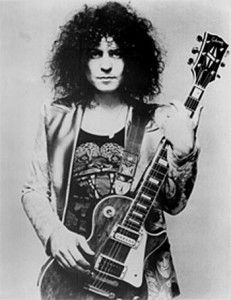 Marc Bolan of T-Rex at the height of his Glam Rock fame, pictured here with his Gibson Les Paul Marc Bolan, Glam Rock, Beatles, Electric Warrior, Best Guitar Players, Into The Fire, Portraits, Gibson Les Paul, Thing 1
