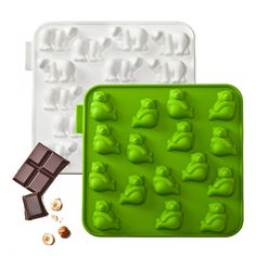 My Animals Bear Mold -  Set Of 2. Great for making chocolate candies, ice cubes or finger jello.  Great fun for the kiddos.