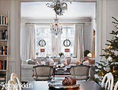 Ruotsalainen joulukoti on tyylikäs, silti kutsuva. Katso herkulliset kuvat ja ihastu!