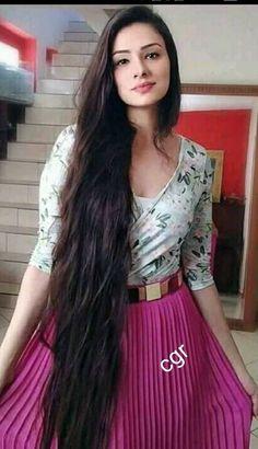 Hair Short Length Brunettes 38 Ideas For 2019 Hair Short Length Brunettes 38 Ideas For 2019 Loose Hairstyles, Trendy Hairstyles, Girl Hairstyles, Beautiful Long Hair, Gorgeous Hair, Long Hair Highlights, Long Indian Hair, Really Long Hair, Rapunzel Hair