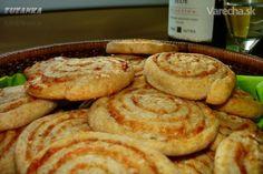 K vínu, pivu, alebo len tak k dobrému filmu namiesto chipsov...možno tu podobný… Easy No Bake Desserts, Pancakes, French Toast, Food And Drink, Pizza, Cooking Recipes, Baking, Breakfast, Green Papaya Salad