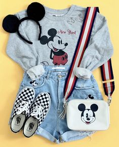 Cute Disney Outfits, Disney World Outfits, Disney Themed Outfits, Disneyland Outfits, Cute Girl Outfits, Cool Outfits, Disney Clothes, Girls Fashion Clothes, Teen Fashion Outfits