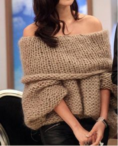 $7.15Women's Retro off The Shoulder Sweater Knitted Pullover Knitwear Jumper Winter Tops