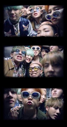 The actual reason why I luv BTS Bts Jimin, Bts Bangtan Boy, Foto Bts, Boy Scouts, Bts Memes, K Pop, Namjoon, Taehyung, Les Bts