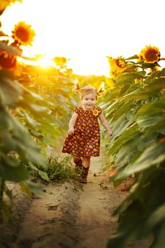You can see it in her face - she's found her magical place :-)  1st place winner of Farm Journal's farm kids photo contest on Facebook.  Photo: Julie White