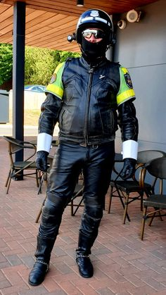 Bike Leathers, Cops, Bikers, Leather Men, Hot Guys, Honda, Punk, Military, Police